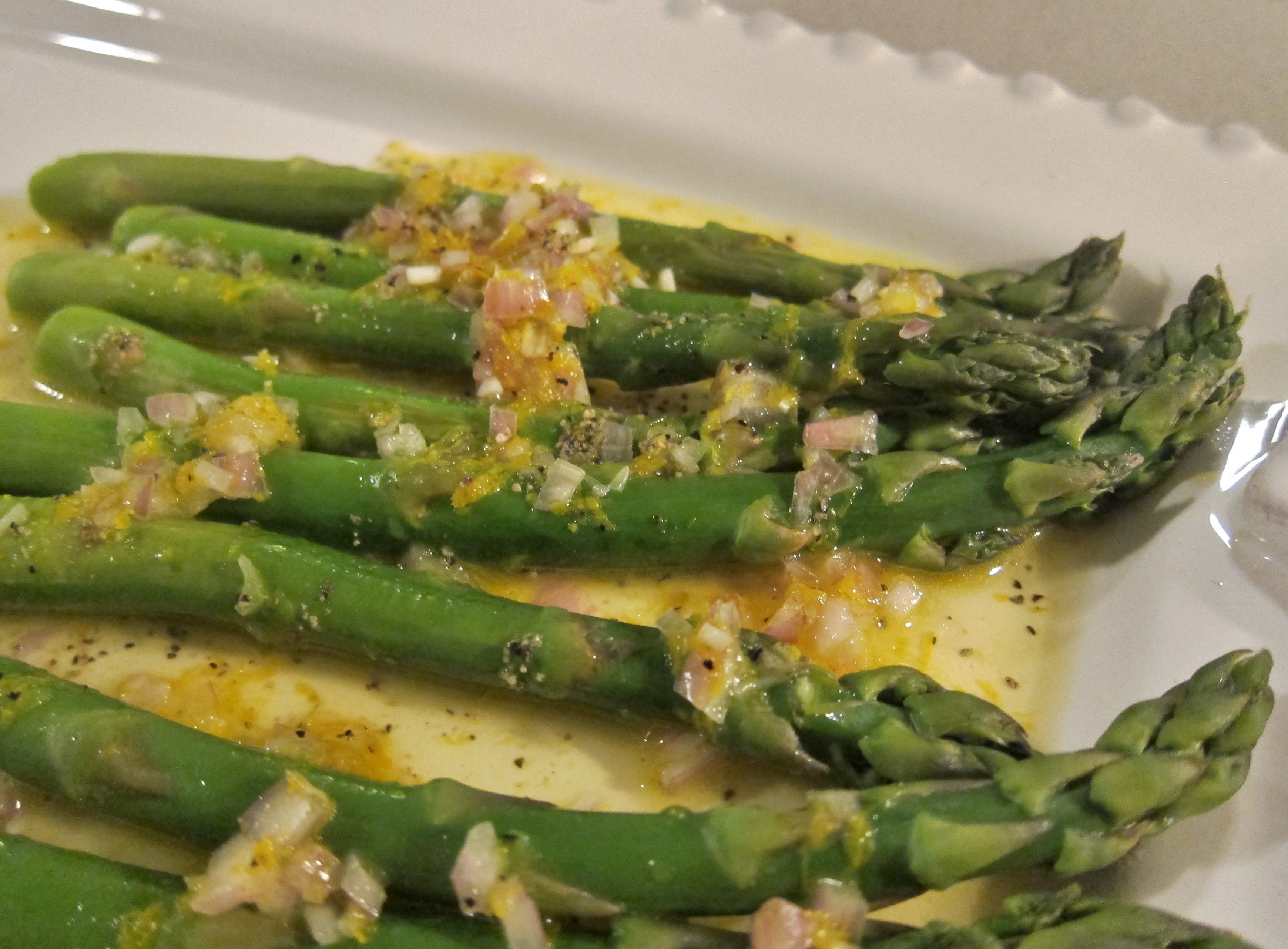 Sophie Wright's Asparagus With Shallots Recipe — Dishmaps